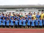 ketua-umum-pssi-mochamad-iriawan-foto-dengan-pemain-pemain-tim-nasional-indonesia-u-19.jpg