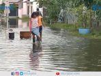 komplek-perumahan-graha-artha-residence-terendam-banjir.jpg
