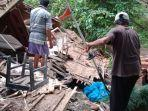kondisi-ambruknya-rumah-milik-sepasang-lansia-warga-dusun-karangjaya.jpg