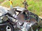 kondisi-mobil-setelah-kecelakaan-terjadi_20180721_144105.jpg