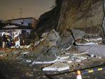 kondisi-pasca-gempa-bumi-berkekuatan-72-magnitudo-di-wilayah-jepang-timur-laut-sabtu-2032021.jpg