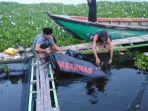 korban-kapal-tenggelam-lima-bulan-lalu-ditemukan-di-jaring-kja-waduk-cirata_20180525_230336.jpg