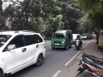 laju-kendaraan-padat-merayap-di-jalan-tamansari_20170807_113915.jpg