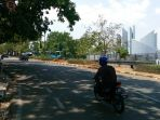 lalu-lintas-di-jalan-dipati-ukur_20180911_132707.jpg