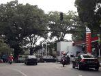 lampu-lalu-lintas-di-simpang-empat-di-jalan-cipaganti_20170804_164642.jpg