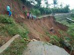 longsor-di-jalan-penghubung-dua-desa-di-kecamatan-salawu.jpg