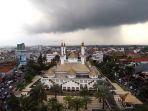 masjid-agung-kota-tasikmalaya_20180119_090250.jpg