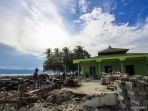 masjid-jamik-pantoloan-selamat-dari-gempa-palu_20181017_131723.jpg