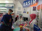 masker-apotik-kimia-farma-jalan-dr-muwardi-bypass-cianjur-jumat-1332020.jpg