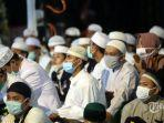 massa-pendukung-front-pembela-islam-habib.jpg
