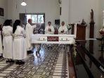 misa-requiem-uskup-padang-mgr-martinus-dogma-situmorang.jpg