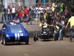 mobil-listrik-tabrakan-saat-uji-kecepatan_20151115_170733.jpg