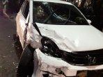 mobil-rusak-parah-akibat-kecelakaan-di-jalan-setiabudi-bandung-jumat-382018-malam_20180803_222927.jpg