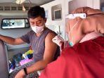 mobil-vaksin-presisi-polresta-cirebon.jpg
