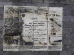 monumen-didepan-gerbang-mesjid-salman_20170710_065920.jpg