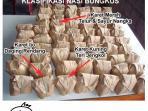 nasi-bungkus-beda-karet-beda-lauk_20161102_090158.jpg