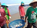 nelayan-mengeluh-minimnya-tangkapan-ikan.jpg