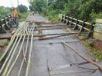 pakai-dana-tak-terduga-rp-37-miliar-pemkab-indramayu-perbaiki-dua-jembatan-rusak-akibat-banjir.jpg