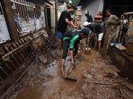 pasca-banjir-jatihandap-kota-bandung2_20180322_165256.jpg