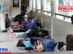 pasien-terpaksa-tinggal-di-koridor-rshs_20170405_151040.jpg