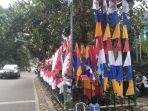 pedagang-bendera-di-jalan-bhayangkara-kota-sukabumi.jpg