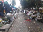 pedagang-bunga-di-tegalega-minggu-392017_20170903_143145.jpg