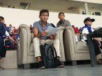 pelatih-tim-nasional-indonesia-luis-milla-di-stadion-si-jalak-harupat_20170921_163312.jpg