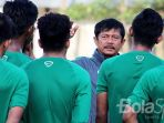 pelatih-timnas-indonesia-u-19-indra-sjafri_20170907_123813.jpg