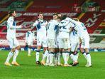pemain-atalanta-merayakan-gol.jpg
