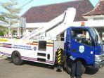 pemerintah-kabupaten-majalengka-menambah-satu-kendaraan-crane-seharga-rp-1-4-miliar.jpg