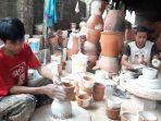 pengrajin-keramik-purwakarta-plered.jpg