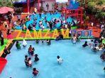pengunjung-zamzam-pool-di-desa-manislor-kecamatan-jalaksana-kabupaten-kuningan.jpg