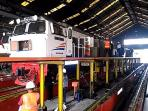 perawatan-lokomotif-kereta-api_20160622_204435.jpg