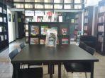 perpustakaan-buku-bahasa-prancis-di-institut-francais-indonesia_20170717_133232.jpg