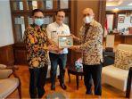 pertemuan-dengan-menkop-teten-masduki-pos-indonesia-siap-dukung-gerakan-memberdayakan-ukm.jpg