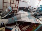 pesawat-tempur-mig-21-buatan-rusia-yang-kini-jadi-alat-peraga-keilmuan-di-ftmd-itb-bandung_20170803_152314.jpg