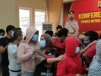 pesta-sabu-kedok-family-gathering.jpg