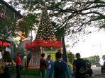 pohon-natal-di-ciwalk-bandung.jpg