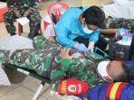 prajurit-batalyon-armed-13-nanggala-kostrad-saat-donorkan-darah-kamis-972020.jpg