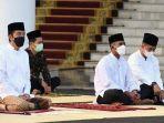 presiden-jokowi-kiri-saat-melaksanakan-salat-idul-fitri-1442-hijriah.jpg