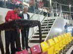 presiden-ri-joko-widodo-menandatangani-prasasti-peresmian-stadion-manahan.jpg