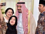 puan-maharani-selfie-dengan-ibunda-megawati-dan-raja-salman_20170302_202238.jpg