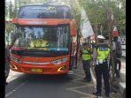 razia-puluhan-wisatawan-bus-pariwisata-di-palabuhanratu.jpg