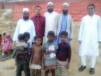 relawan-amal-mulia-khaerul-zakaria-di-lokasi-pengungsi-rohingnya-di-kutalapong-bangladesh_20180123_133110.jpg