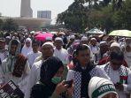 ribuan-umat-muslim-peserta-aksi-bela-palestina-aksi-115_20180511_135421.jpg