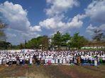 ribuan-warga-kecamatan-mangkubumi-menggelar-salat-istisqo.jpg