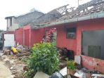 rumah-rumah-di-ngamparh-mulai-diruntuhkan-untuk-proyek-kereta-cepat_20170427_153506.jpg