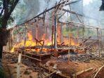 rumah-semi-permanen-ludes-terbakar.jpg