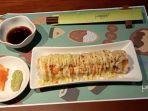 sajian-salmon-crispy-roll-di-midori-japanese-restaurant-tirtayasa-bandung.jpg