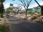sampah-di-kabupaten-bandung_20160504_102925.jpg